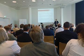 Prof. Dr. Dirksen Vortrag auf dem Mobile Health Forum.